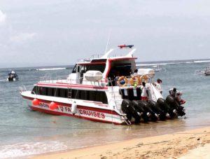 rocky fast boat travel to nusa lembongan